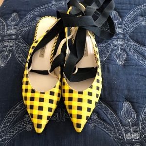 Zara brand new gingham black and yellow lace up